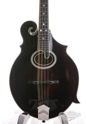 Pendennis Pendennis Mandolin 3-point Oval soundhole