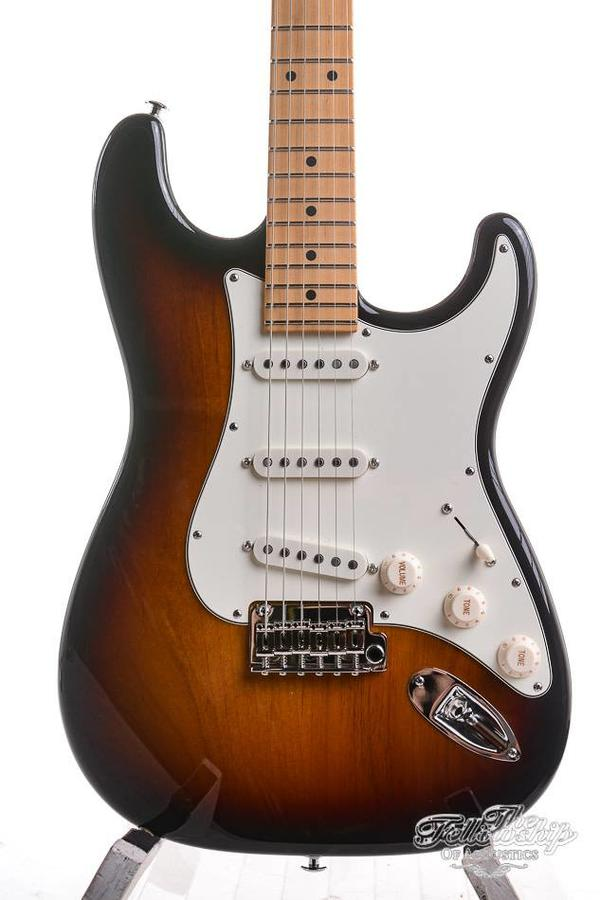 Suhr Classic Pro SSS Tinted maple  3TSB
