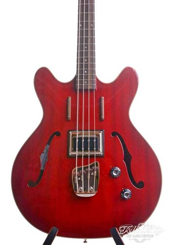 Guild Guild Starfire Bass Cherry Red