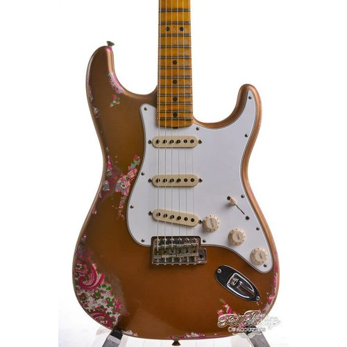 Fender Fender Custom Shop Limited Edition NAMM '69 Heavy Relic Stratocaster  Aged Fire Mist Gold over Pink Paisley