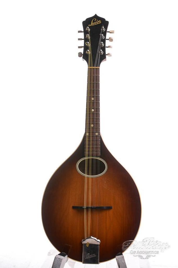 Levin Model 52 Capri Mandolin 1951 Sunburst