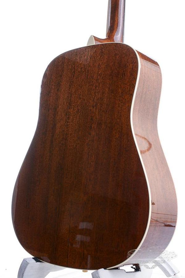 Martin Custom Shop D-18 CF Martin Outlaw Limited Edition dreadnought