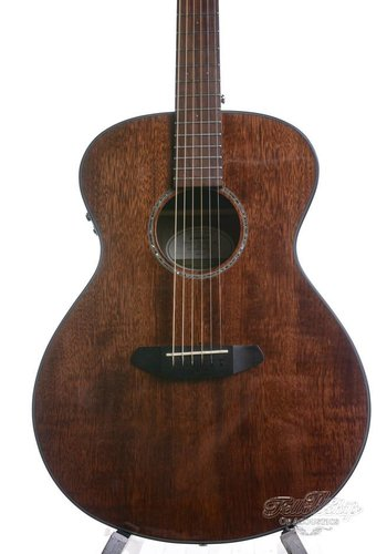 Breedlove Breedlove Pursuit Concert Mahogany 2015 NM