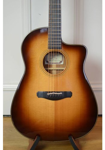 Howell Forsyth Howell & Forsyth SFC dreadnought cutaway Electric Mint