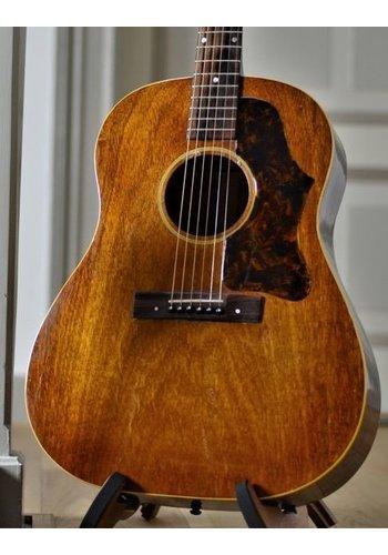 Gibson Gibson J-45 Banner natural refin 1944  hogtop