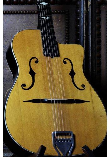 DiMauro, Antoine Antoine DiMauro Special Chorus restored 1950s rare Gypsy guitar natural