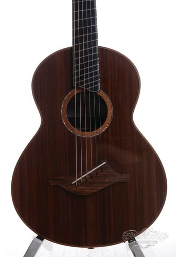 Lowden Lowden Wee 50 Fan Fret African Blackwood Sinker Redwood