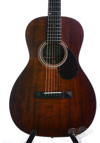 Eastman Eastman E1 P Parlor 12 fret  Limited All solid mahogany