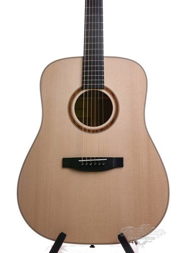 Lakewood Lakewood D14 Natural Dreadnought