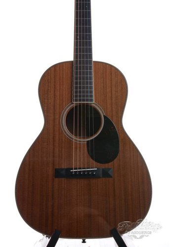 Santa Cruz Santa Cruz 00 12 fret Redwood Flamed Mahogany 2016