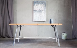 #P33 I dining table