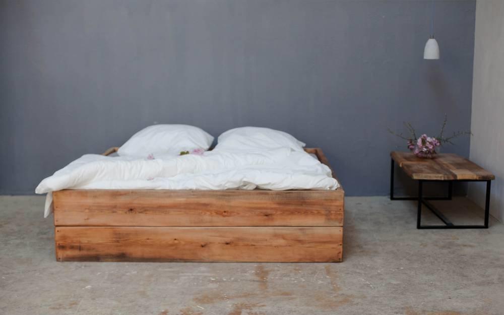 Woodboom Renate I Bett