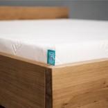 woodboom Bett schwebend aus Eiche