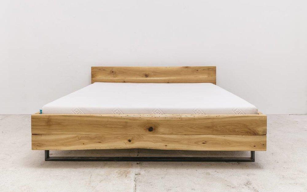 Holzbett schwebend  woodboom Elke schwebend I bed - Copy - Copy - woodboom