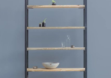 Karin I shelf