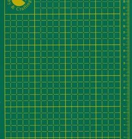 Hobby Crafting & Fun Cutting mat, Green, 220x300x2mm, 1 pce/ bag
