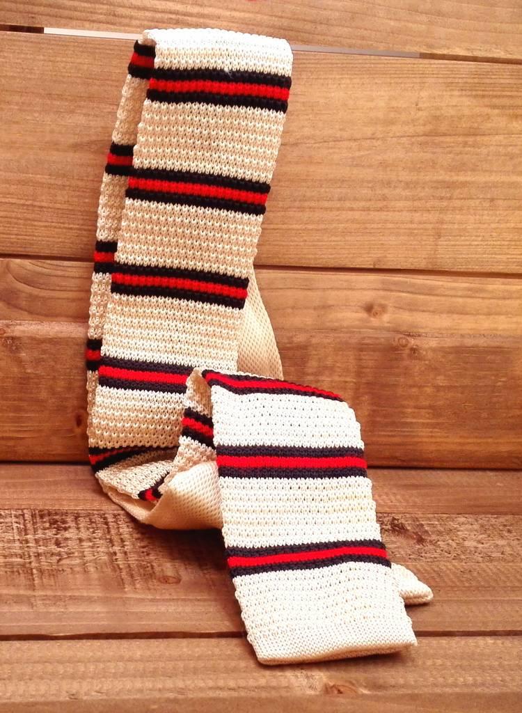 English Fashion Necktie knitted cream