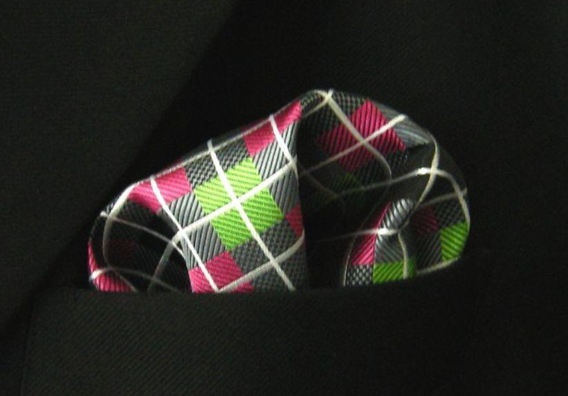 English Fashion Pocket Square Pink Green Plaid