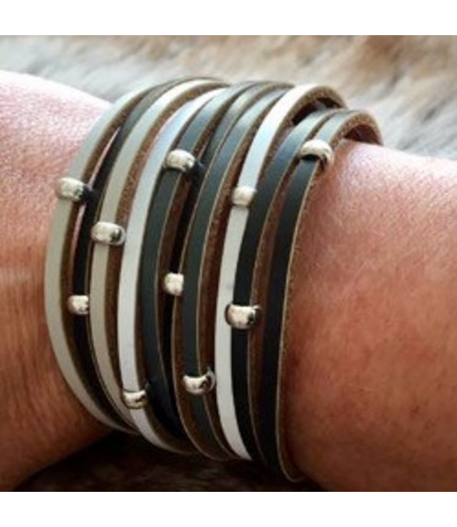 For-You-Only custom made Armband summer light-grey met magneetsluiting