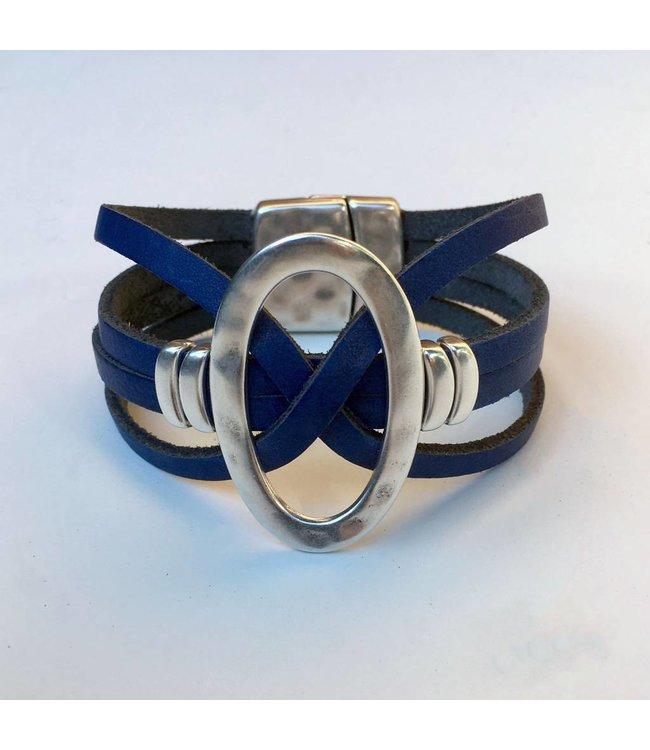 For-You-Only custom made Blauw leren armband met DQmetaal