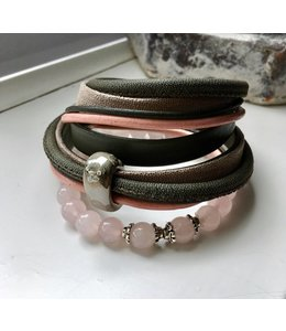 For-You-Only custom made Rozenkwarts set met wikkelarmband