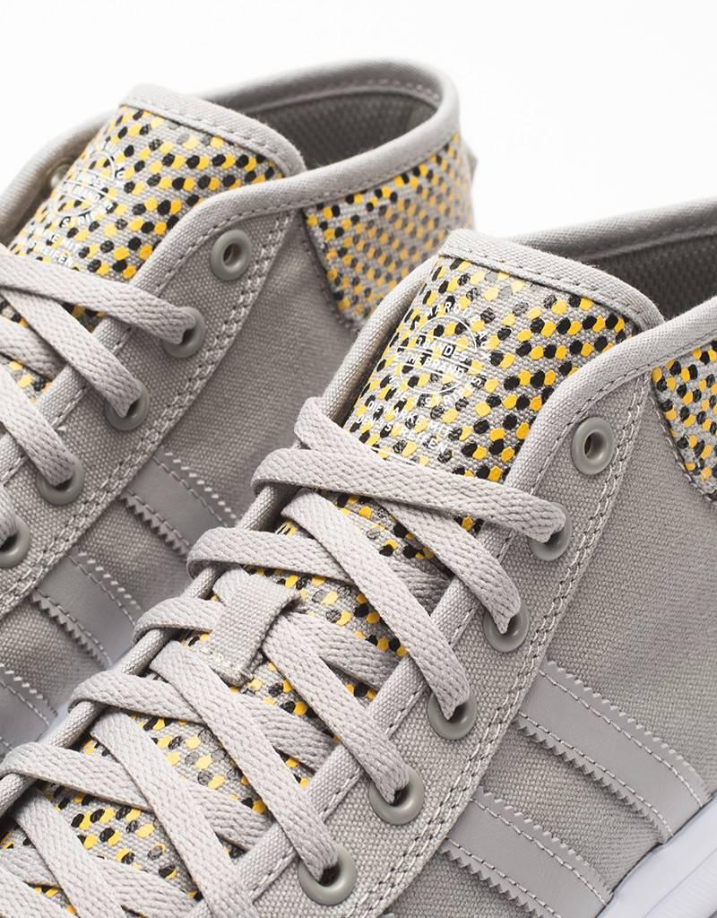 adidas matchcourt mid gonzalez grey/yellow