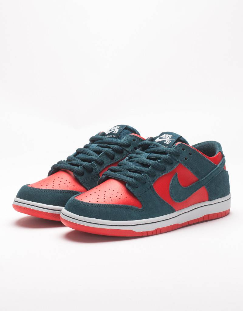 Nike SB Zoom Dunk Low Pro Nightshade/Red