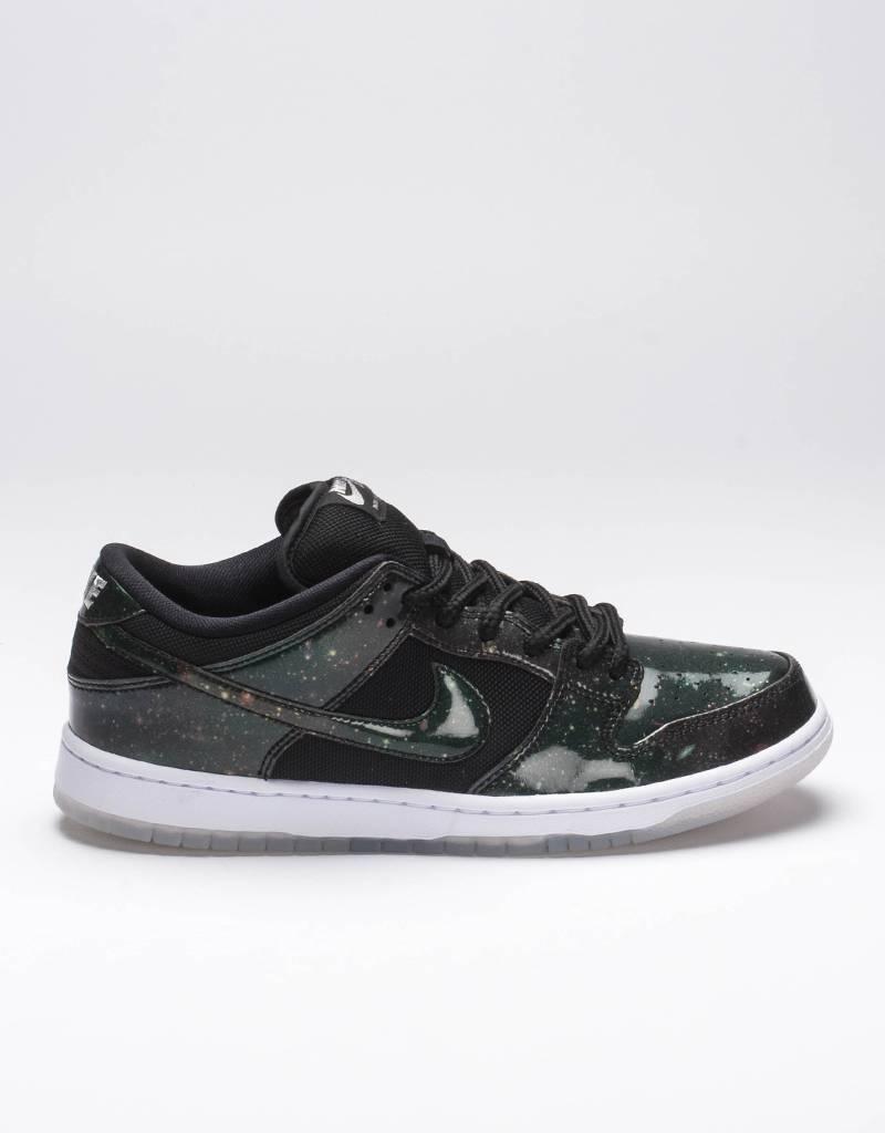 Nike SB Dunk Low TRD QS Black/White/Metallic Cool Grey