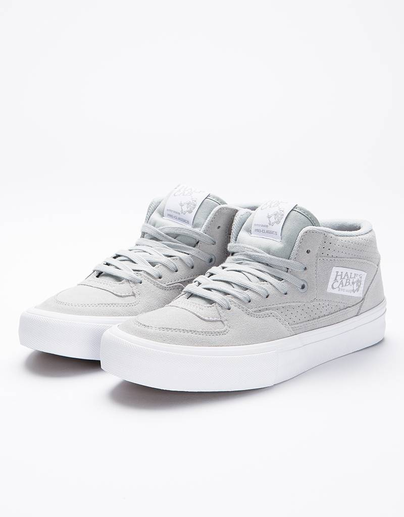 Vans Half Cab Pro Perforated Suede High Rise