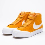 Nike SB Blazer Zoom Mid XT Circuit Orange/White