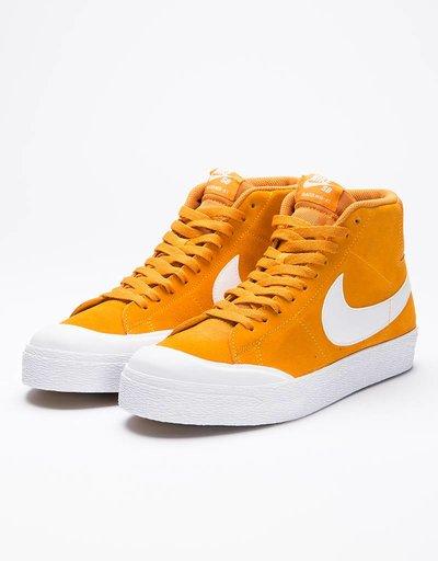 Nike SB Blazer Zoom Mid XT Circuit Orange/White