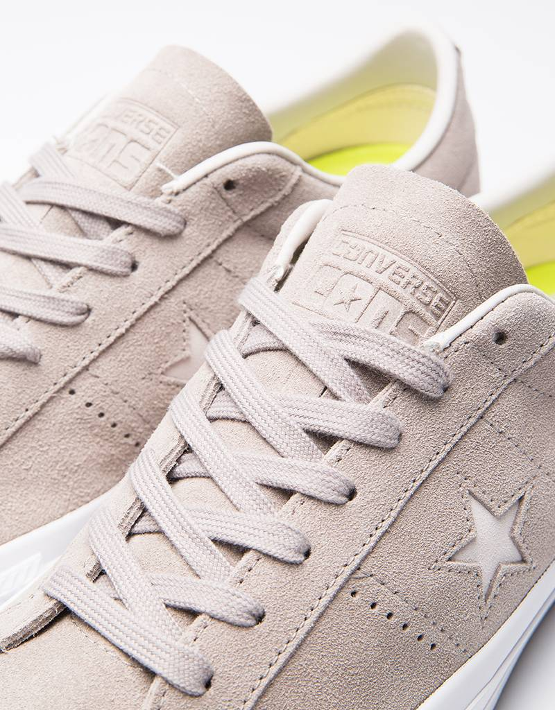 Converse one star pro ox malted/pale putty /white