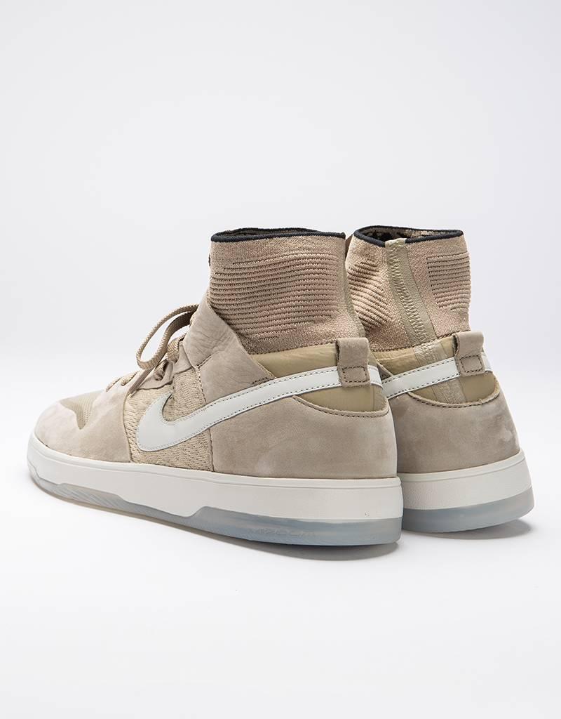 Nike SB Zoom Dunk High Elite khaki/light bone-black