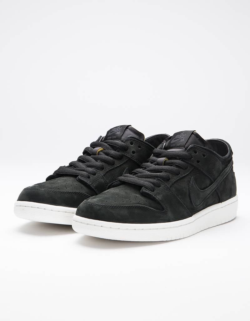 SB Zoom Dunk Low Pro Deconstructed Sneakers black / black / summit whiteNike 2wtrM5CW