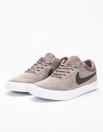 94f2a36990b2a Nike SB Hypervulc Eric Koston Skateboarding Shoe Ridgerock Black Light Bone  White