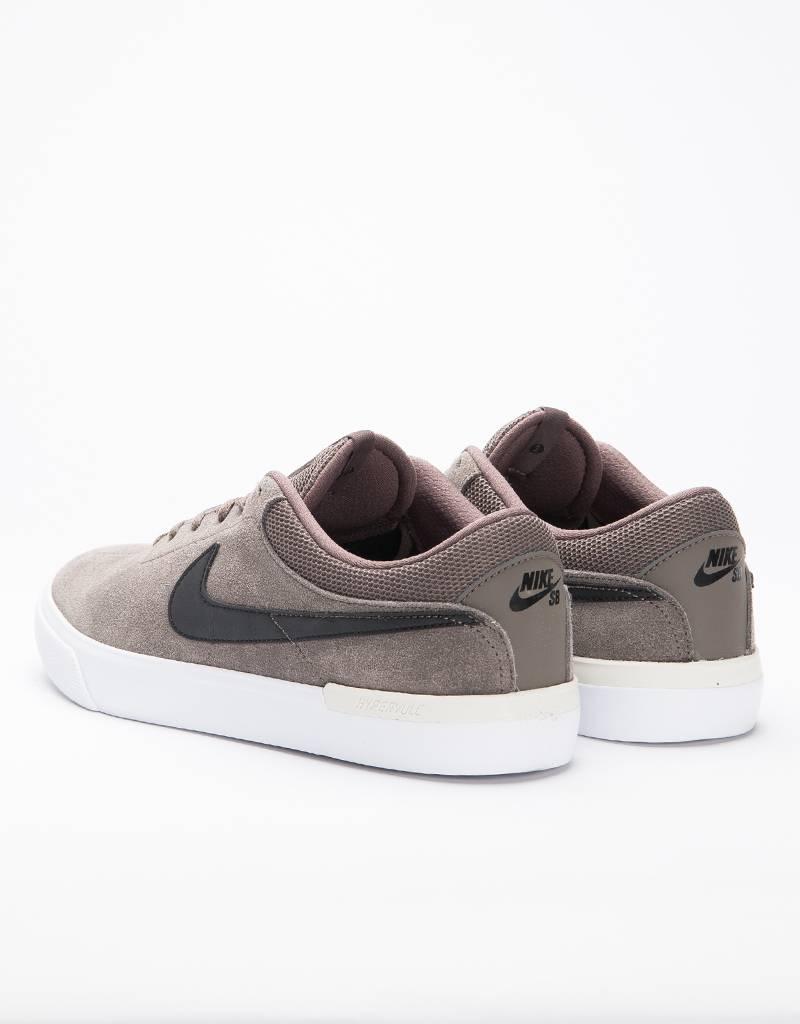 Nike SB Hypervulc Eric Koston Skateboarding Shoe Ridgerock/Black Light Bone White