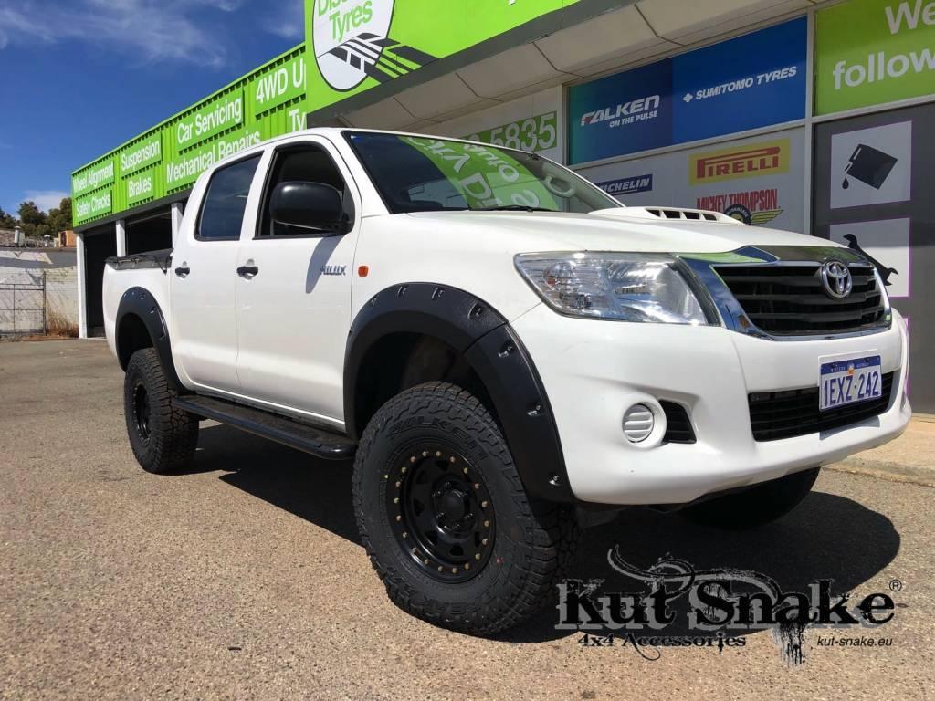 Toyota Spatbordverbrders voor Toyota Hi-Lux 2012-2015 standaard (face-lift)- 50 mm breed