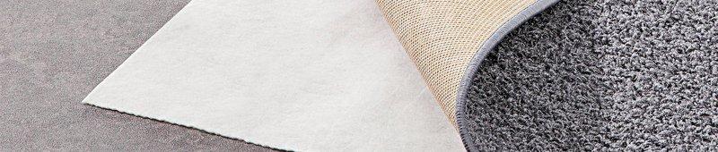 Wat zijn de voordelen van een antislip onderkleed?