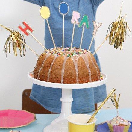 Meri Meri HOORAY! CAKE TOPPERS
