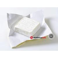 1kg. Op maat gesneden wikkels van papier gedragen aluminiumfolie