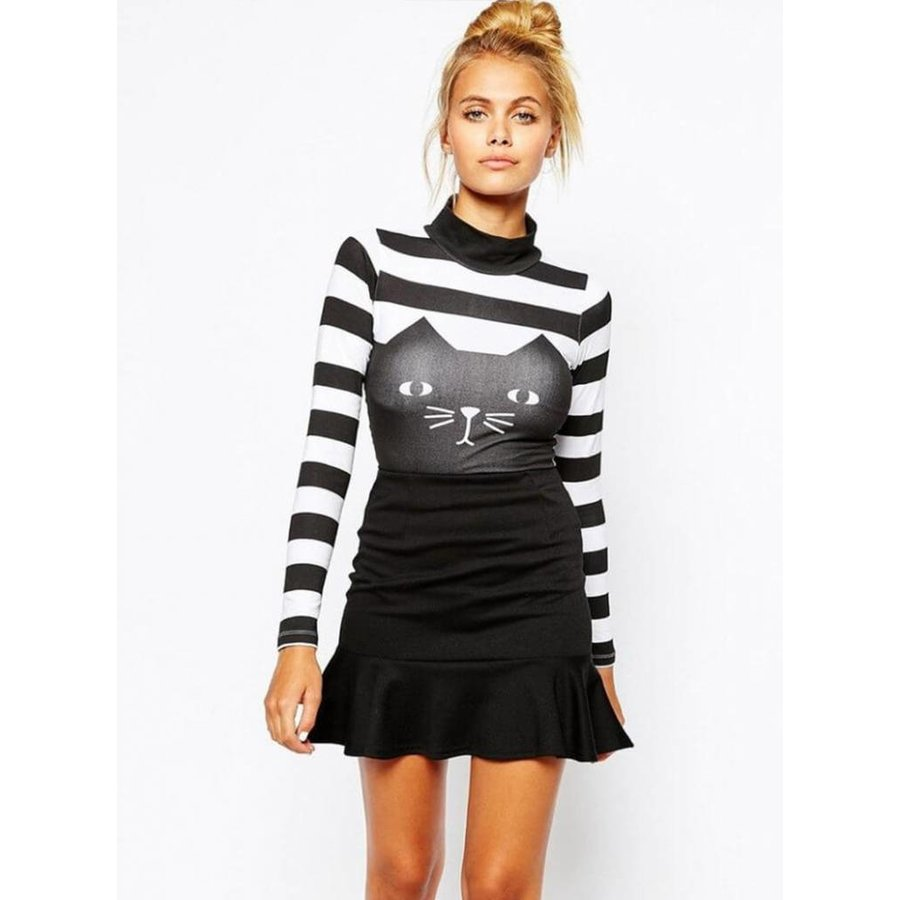 Striped sweater with cat-9