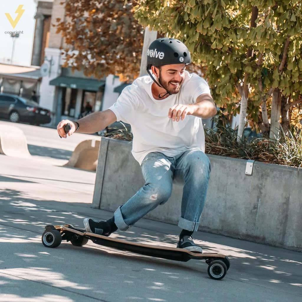 Evolve Skateboards Evolve Helm