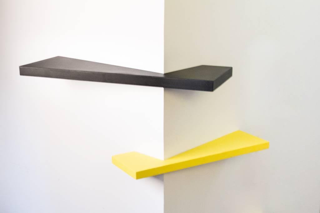 Straff design Corner shelf
