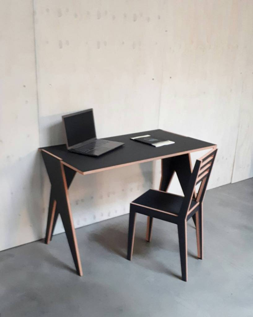 Gram Design Desk 22400g