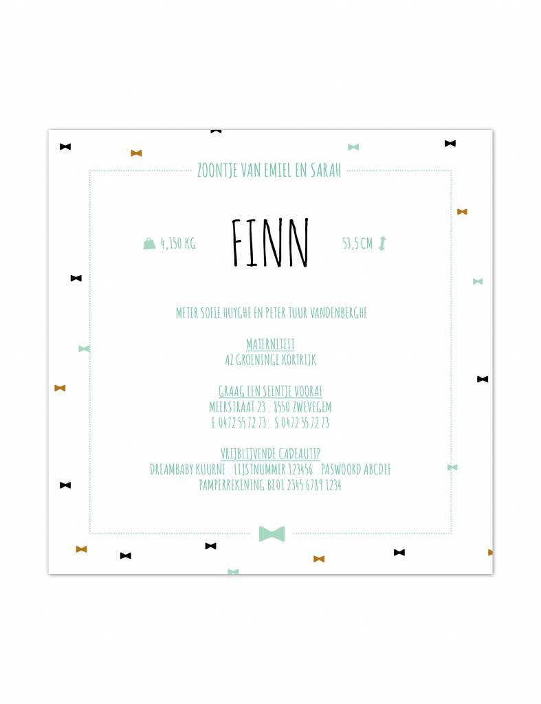 Geboortekaartje Finn strikjes