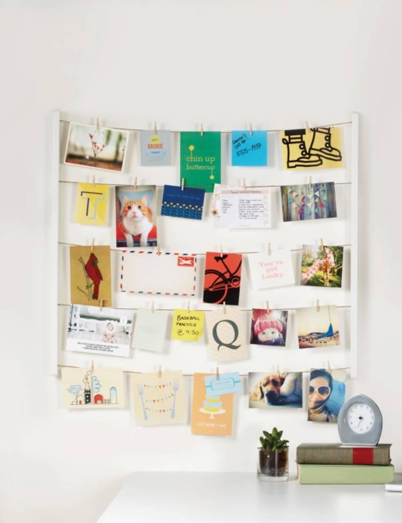 Hangit Photo Display White