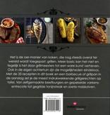 Bowls & Dishes Van De Grill Op De Plank