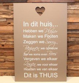 DDVM Tekstbord In Dit Huis Sierlijk