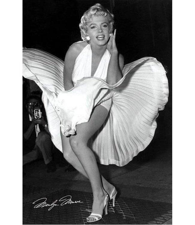 Marilyn YN Monroe seven years