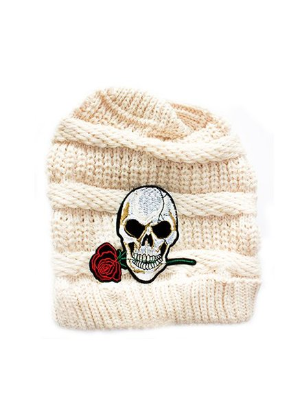 HAT SKULL WITH ROSE